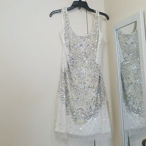 Adrianna Papell Beaded White Sequined Sheath Dress